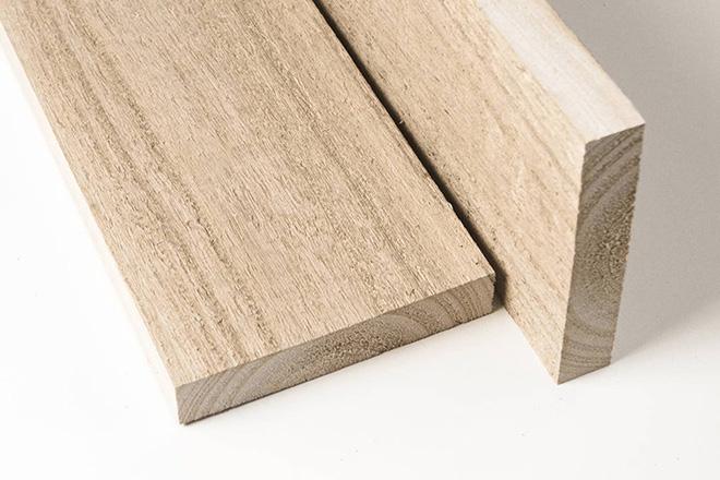 Kiritec Schnittholz 2 -Schnittflächen
